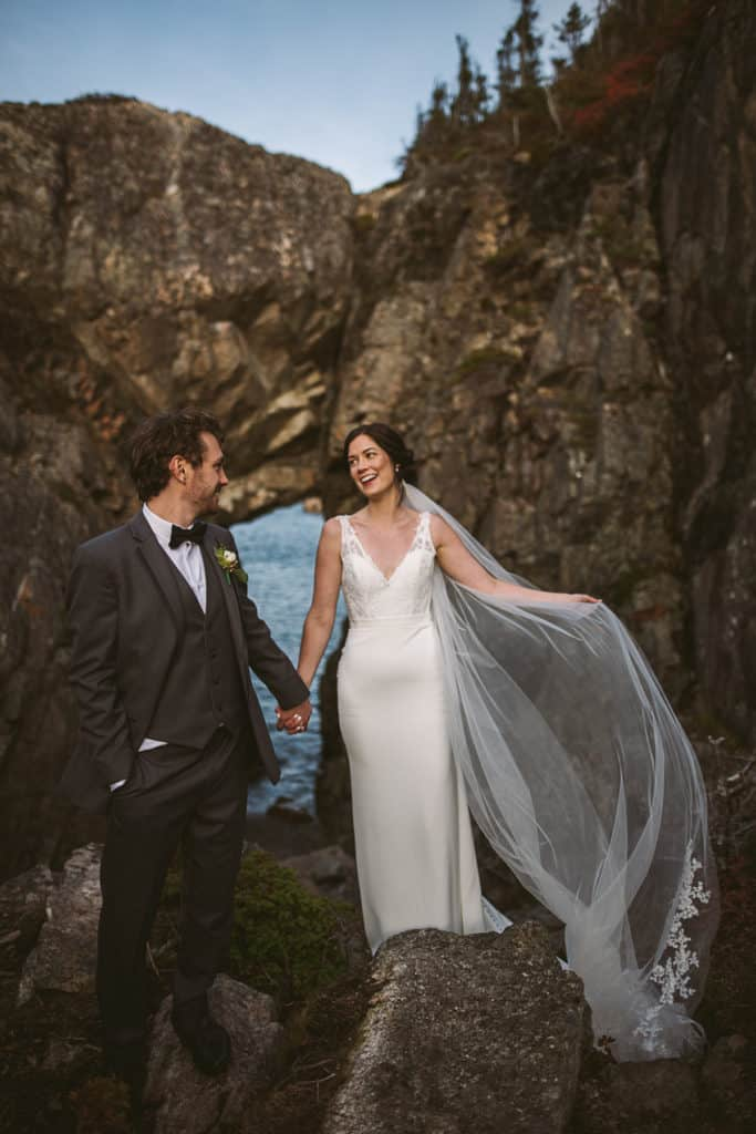 twillingate wedding photo sea arch