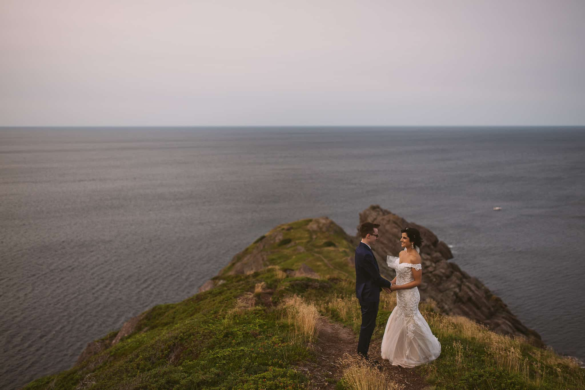 Newfoundland elopement ECT Red Cliff Trail